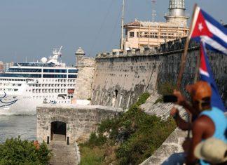 ZARPA ROYAL CARIBBEAN HACIA CUBA
