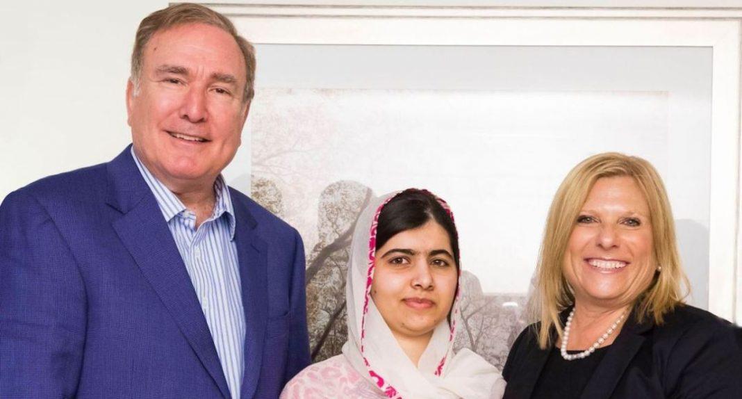 Richard Fain, Malala Yousafzai y Lisa Lutoff-Perlo. Foto: http://www.cruisetotravel.com/