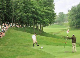 Refrescan el golf con un poco de soccer