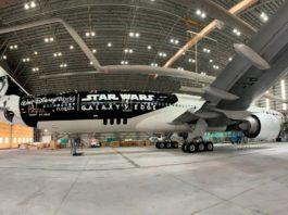 LATAM Airlines reveló su avión inspirado en Star Wars