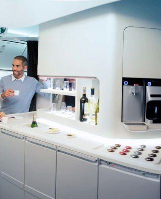 Aeroméxico anuncia cambios a bordo