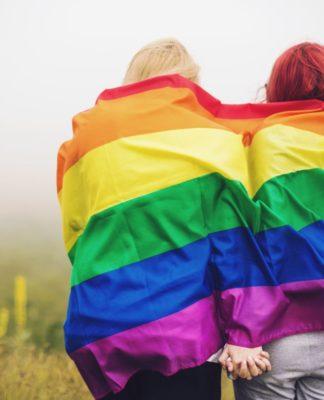 Mejorando la atención al cliente para familias LGBTQ
