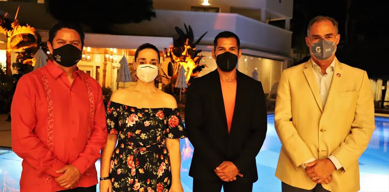 Carlos Elizondo, Consuelo Elipe, Carlos Maya y Juan José Álvarez Brunel; secretario de turismo del estado de Guanajuato en VNG 2020