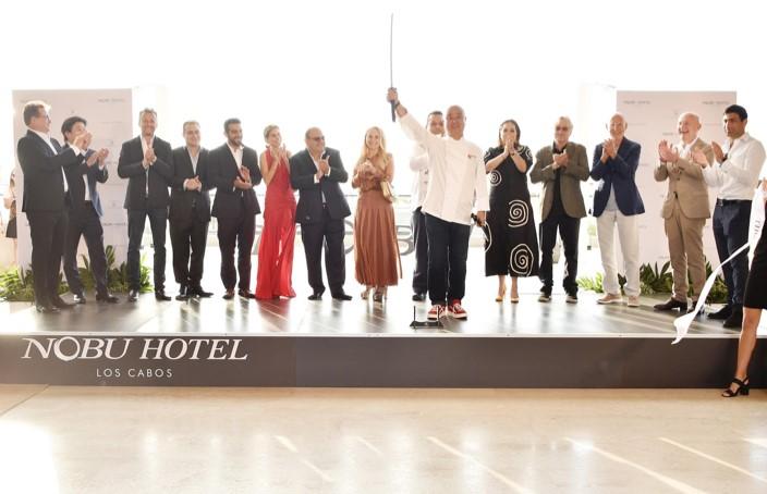 El pasado 13 de noviembre del 2019, el Chef Nobu Matsuhisa, Robert De Niro y Meir Teper, cofundadores de Nobu Hospitality, celebraron el lanzamiento oficial de la propiedad.