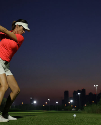 ¡Juguemos golf nocturno con Hughes Events!